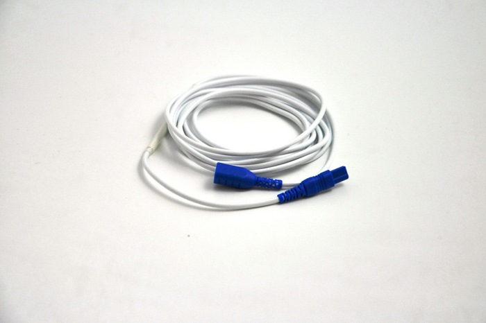 Extension Cable, Keyhole to Keyhole connectors, Blue Keyhole Connector. 200cm cable.